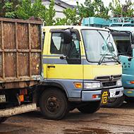 写真:中古トラック